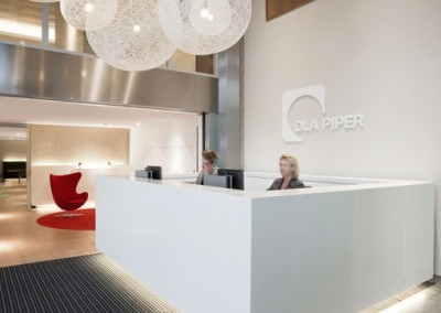 DLAPiper_entree_04